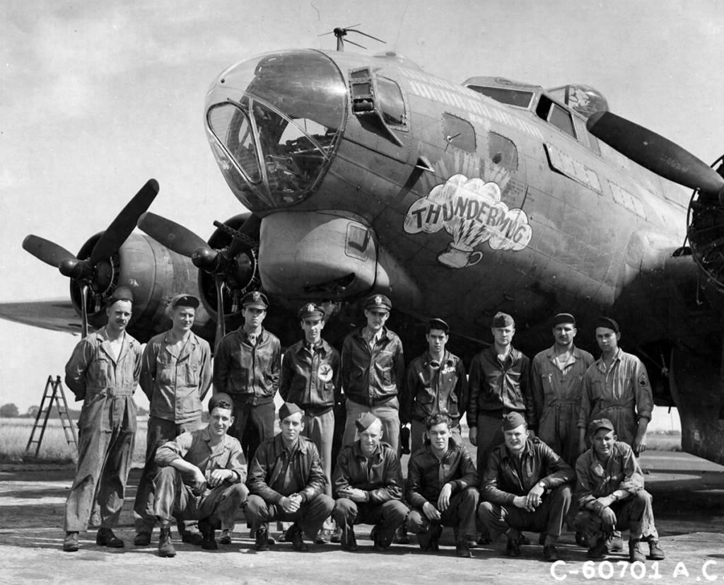B-17 #42-38205 / Thundermug aka Winged Fury