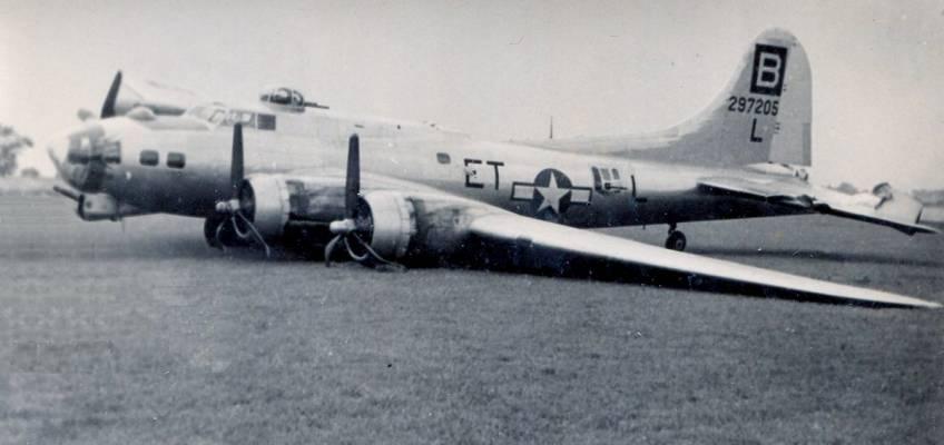 Boeing B-17 #42-97205