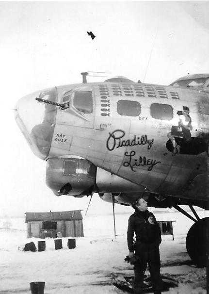 B-17 #43-38044 / Picadilly Lilley