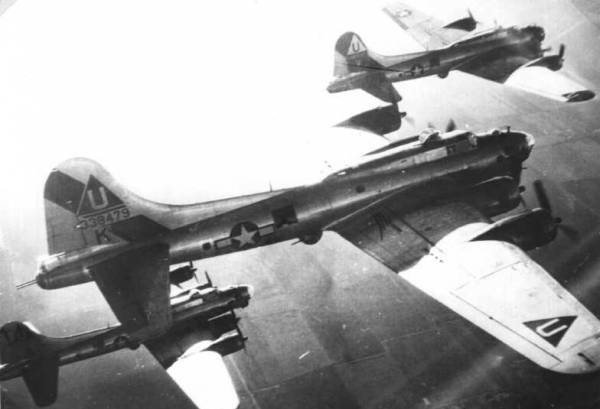 B-17 #43-38479 / Thy Will Be Done