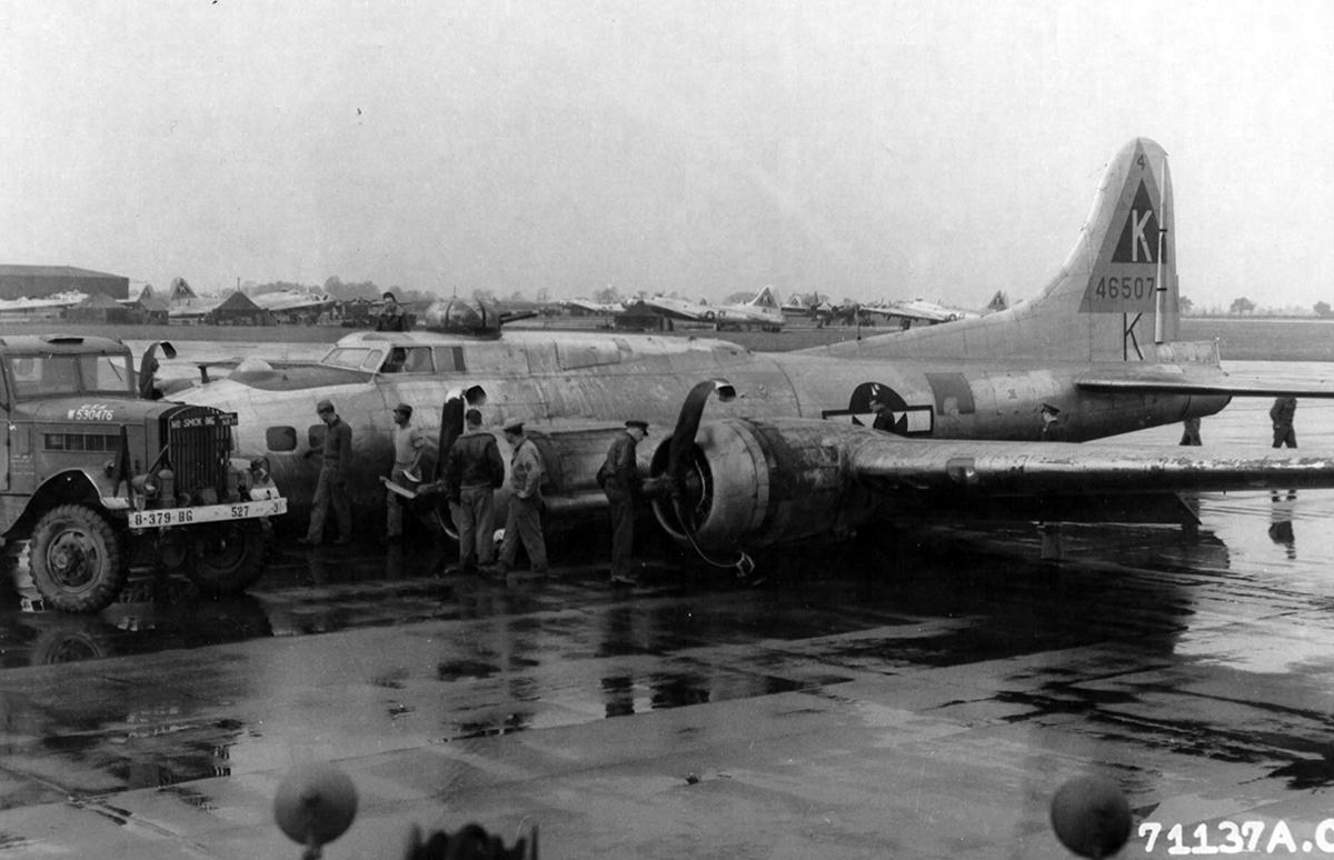 B-17 44-6507