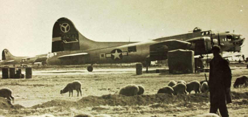 Boeing B-17 #44-6542