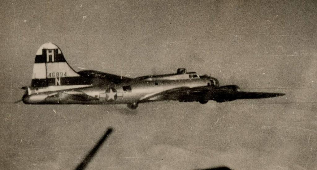B-17 #44-6894