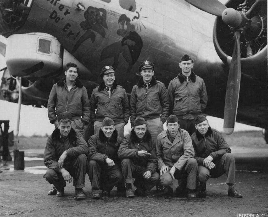 B-17 #44-6977 / Better Do 'Er