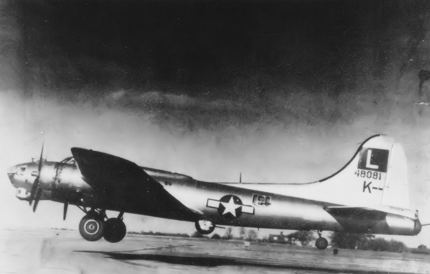 B-17 #44-8081