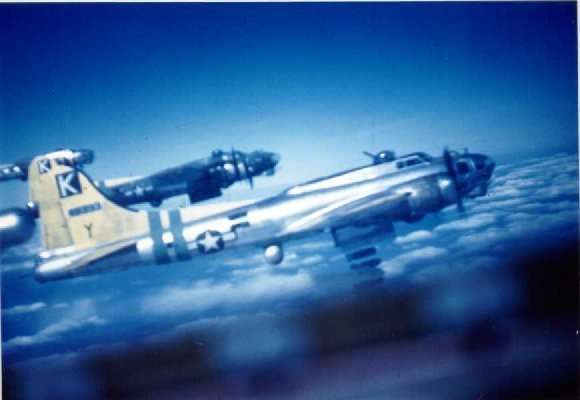 B-17 #44-8393