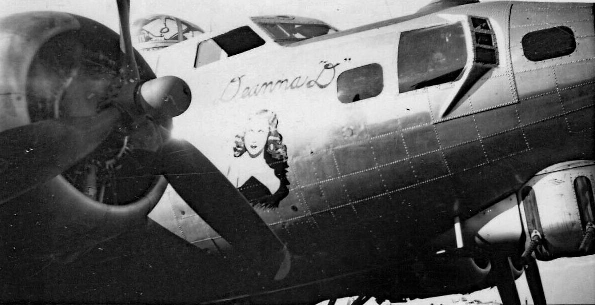 B-17 #44-8677 / Deanna D