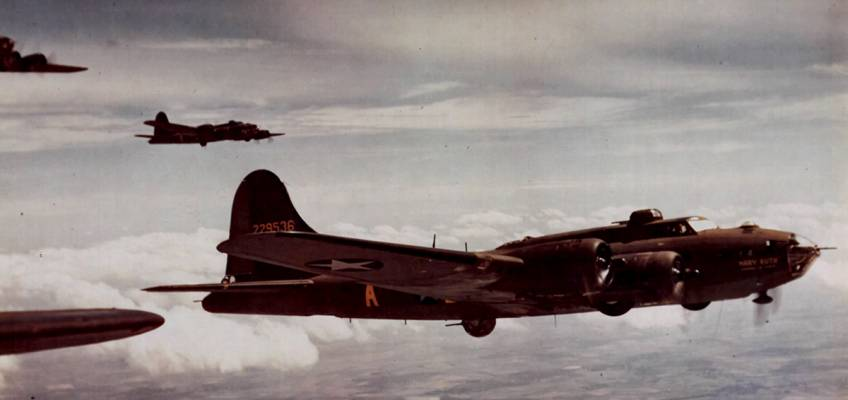 Boeing B-17 #42-29536 / Mary Ruth – Memories of Mobile