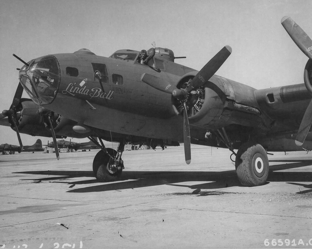 B-17 #42-29849 / Linda Ball