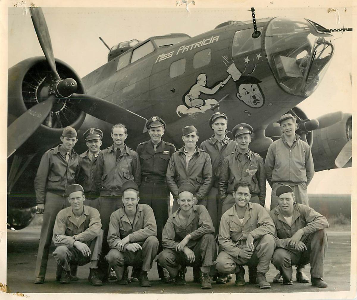 B-17 #42-29930 / Miss Patricia