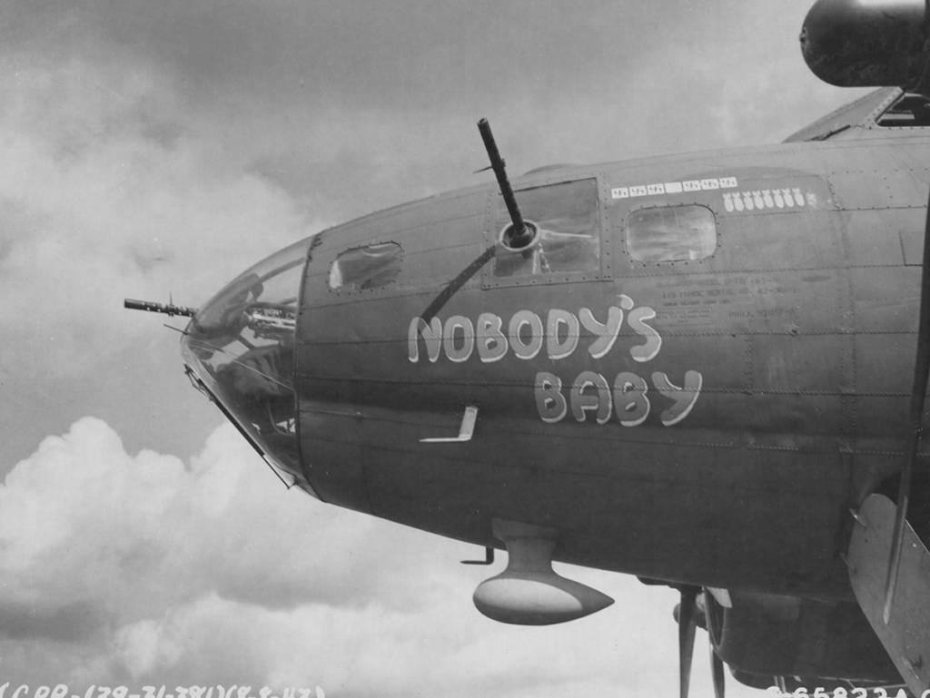 B-17 #42-30034 / Nobody's Baby