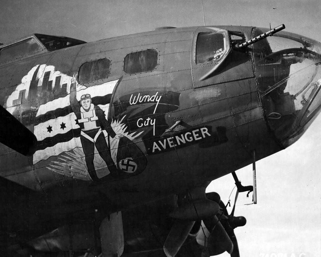 B-17 #42-3037 / Windy City Avenger