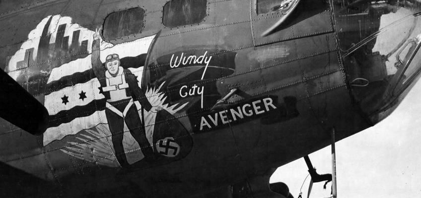 Boeing B-17 #42-3037 / Windy City Avenger