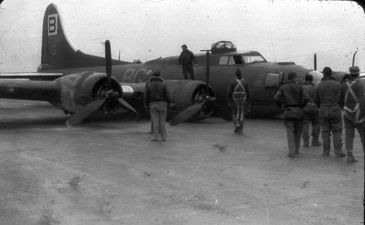 B-17 #42-31057 / Devil's Daughter, the 2nd