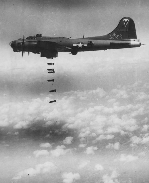 B-17 #42-31684 / The Joker