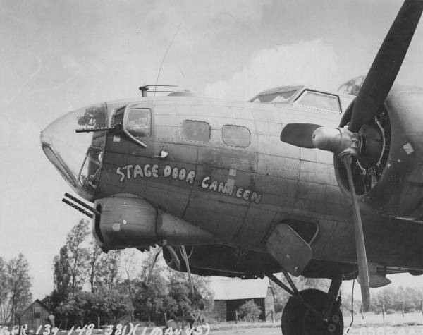 B-17 #42-31990 / Stage Door Canteen