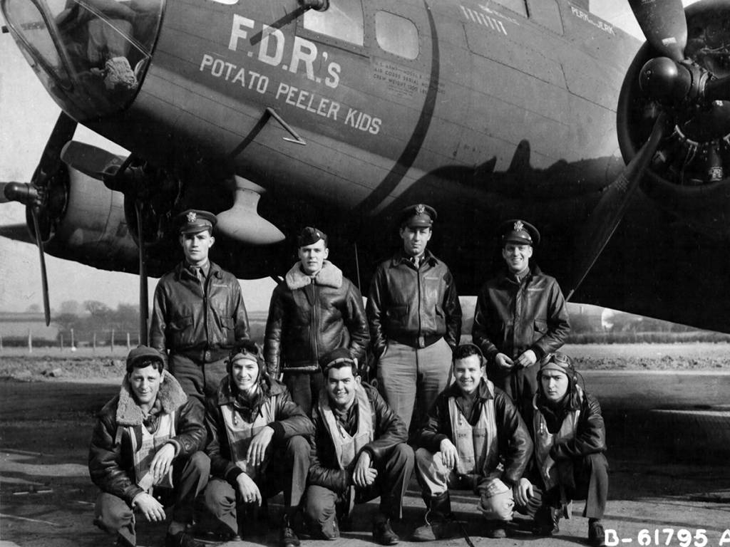 B-17 #42-5243 / FDR's Potato Peeler Kids