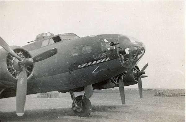 B-17 #42-5727 / Elaine