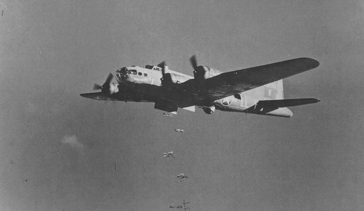 B-17 #42-5763 / Bomb Boogie