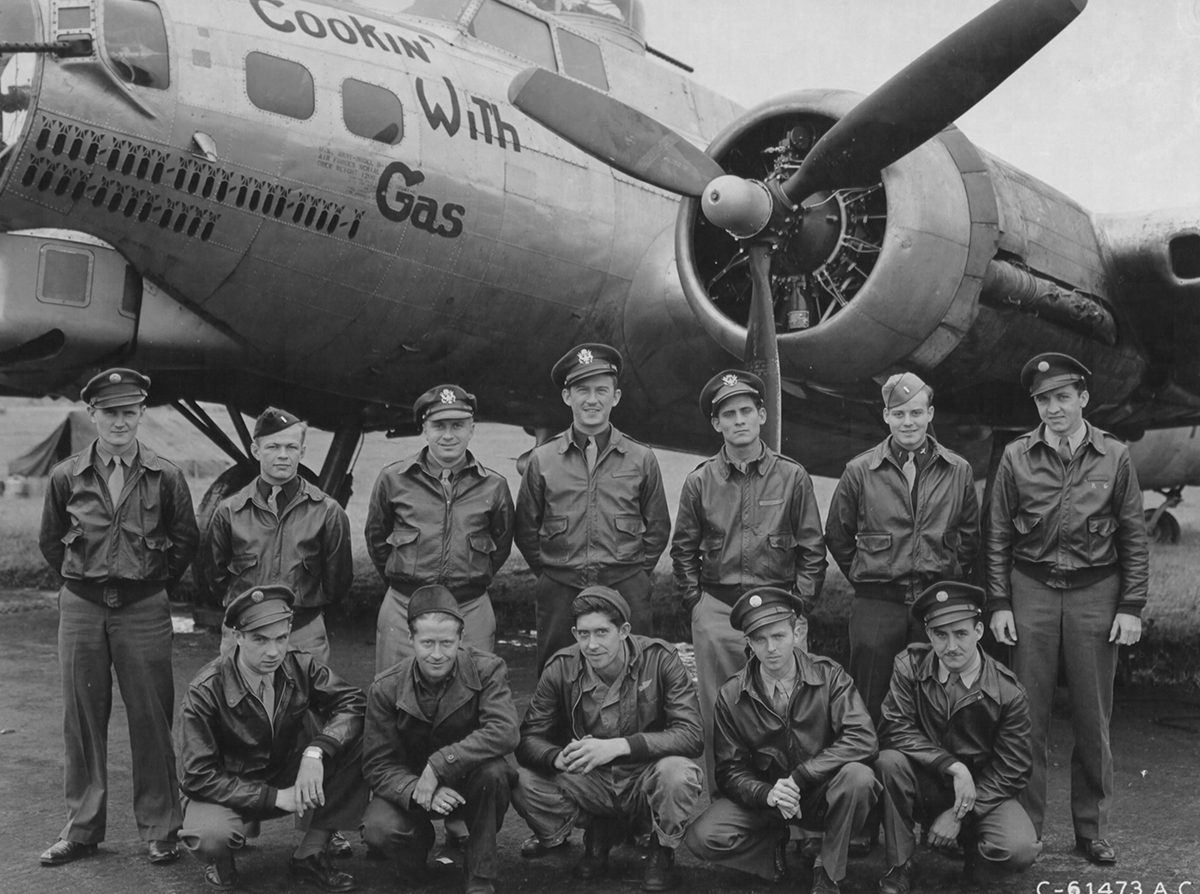 B-17 #42-97227 / Cookin with Gas