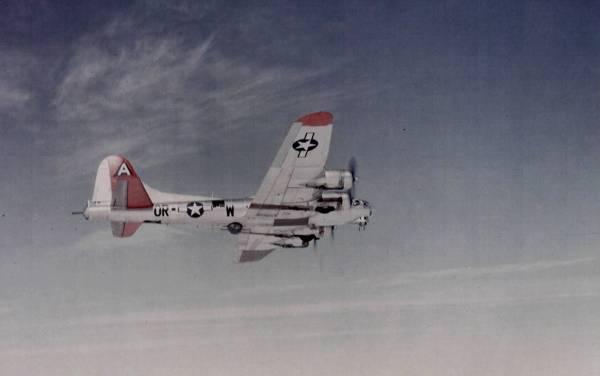 B-17 #43-37625 / Cheri