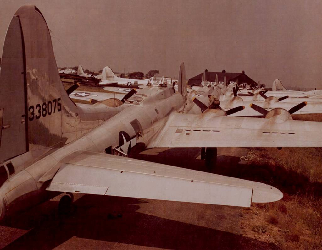 B-17 #43-38075