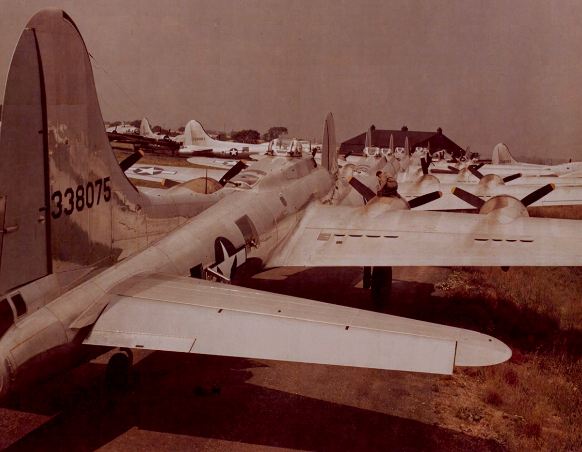 B-17 43-38075