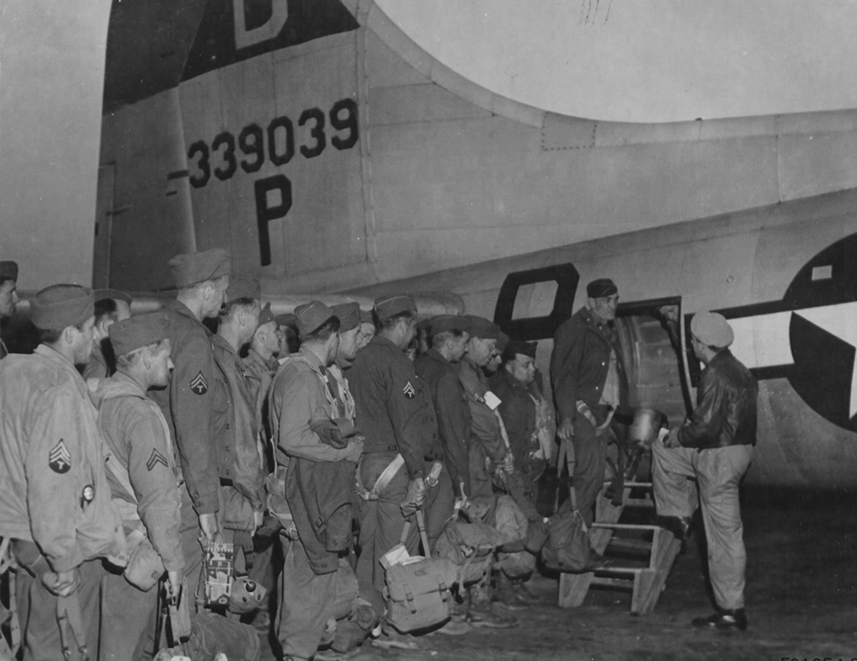 B-17 #43-39039 / Lucky Rozzie
