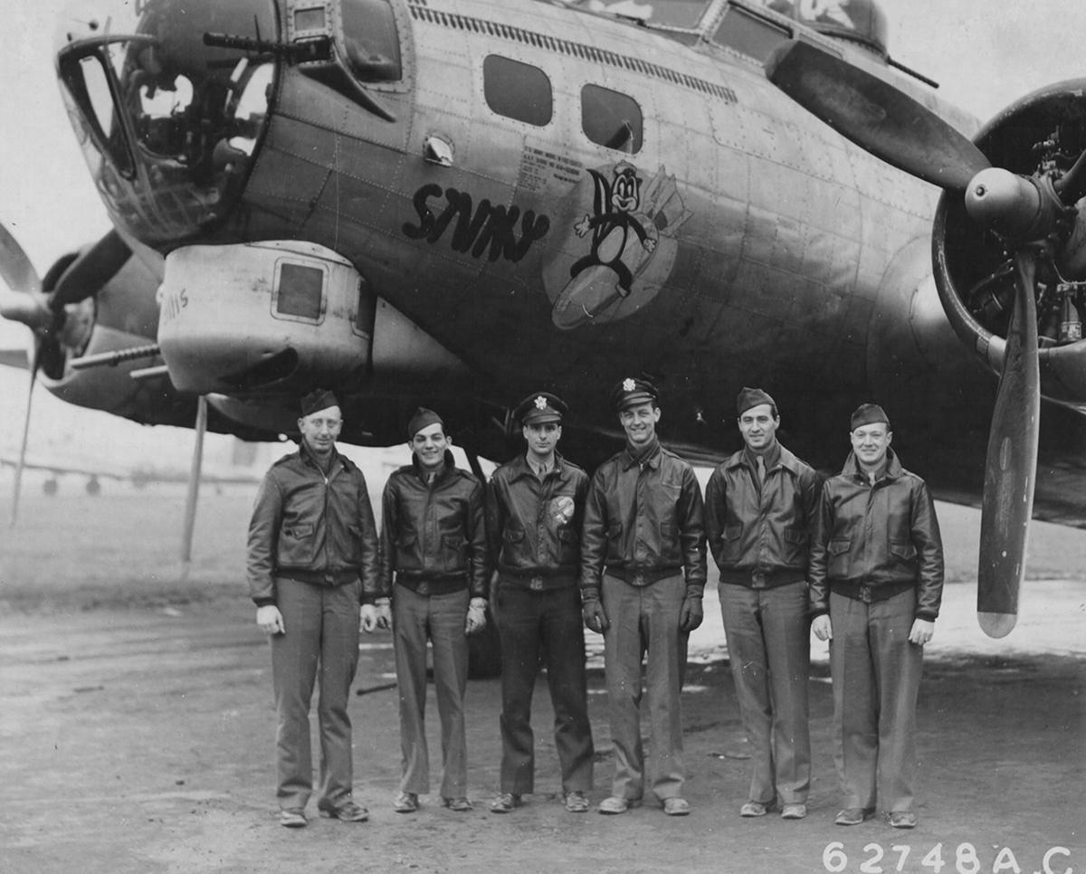 B-17 #44-6308 / Munchin' Kid aka Stinky