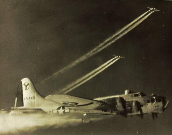 B-17 #44-6440