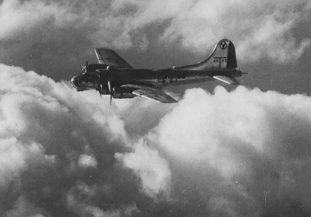 B-17 #44-6643