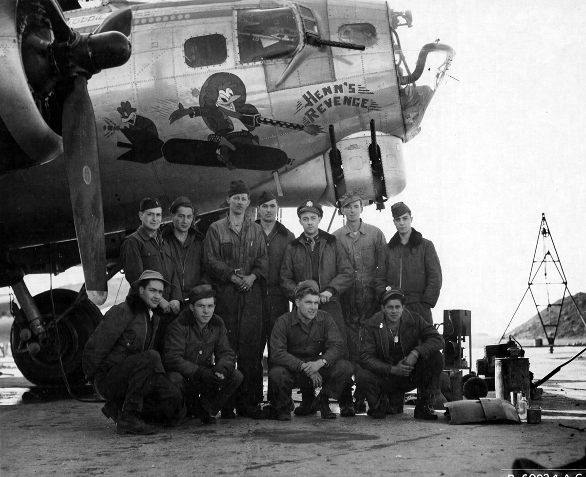 B-17 #44-8427 / Henn's Revenge