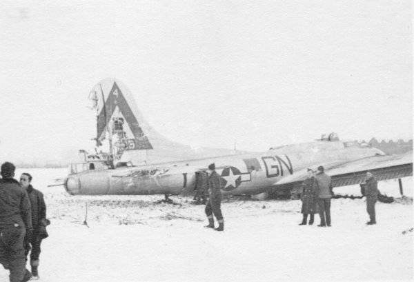 B-17 #44-8495