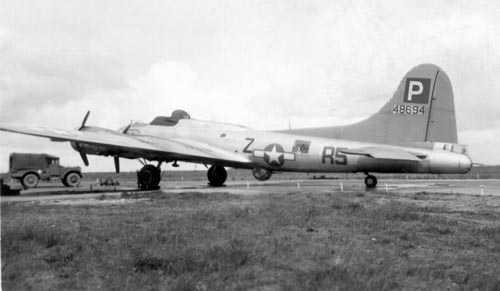 B-17 #44-8694 / Dinah-mite