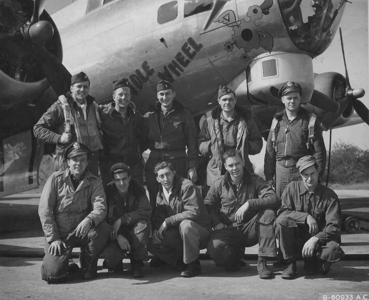 B-17 #44-8710 / Idle Wheel