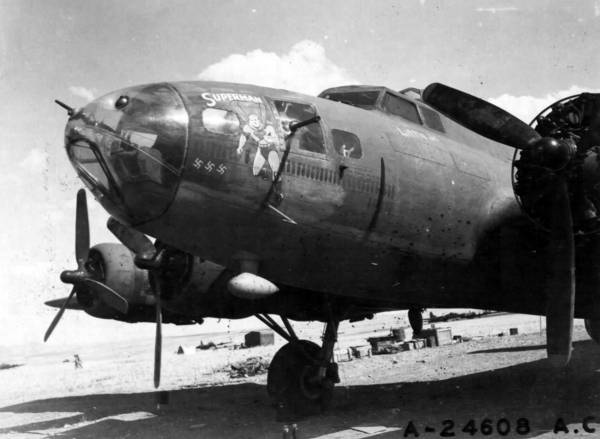 B-17 #41-24380 / Superman