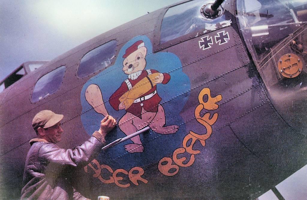 B-17 #41-24487 / Eager Beaver