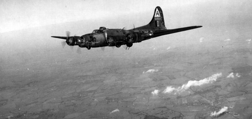 Boeing B-17 #41-24504 / Taurus aka The Sad Sack