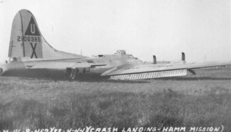 B-17 #42-106985 / La Legende