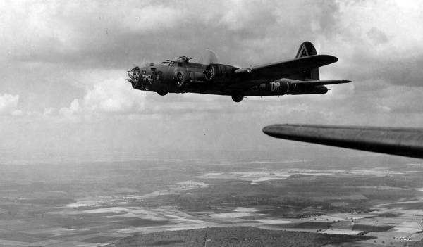 B-17 #42-29750 / Ramblin' Rebel aka Rebel's Revenge