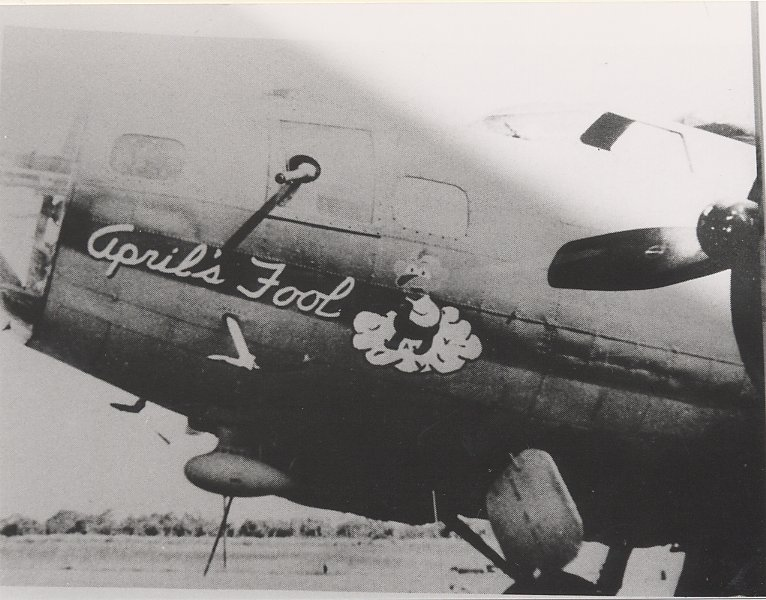 B-17 #42-3122 / April's Fool
