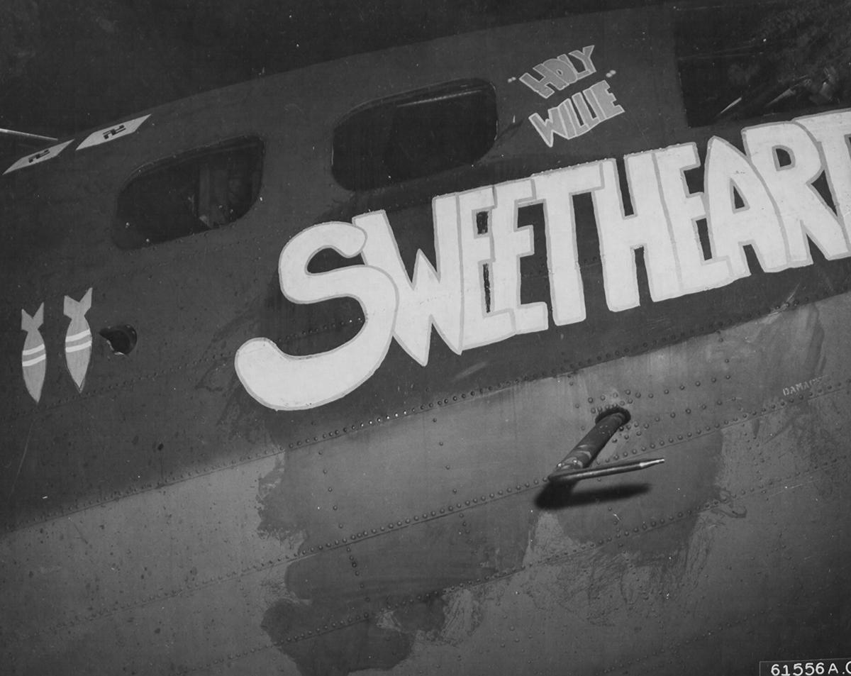 B-17 #42-3262 / Sweetheart aka Jeanie aka Wilson's Wildcats