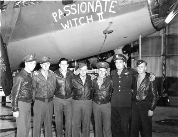 B-17 #42-3395 / Passionate Witch II