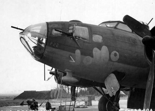 B-17 #42-3411 / JoMo