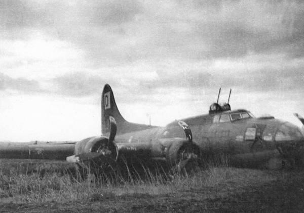 B-17 #42-39792 / Half & Half