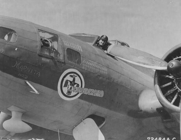 B-17 #42-5724 / Thunderbird II