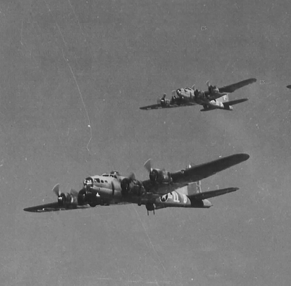 B-17 #42-5795 / Skoal