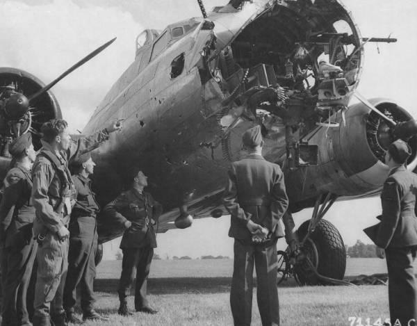 B-17 #42-97890 / Queen of Hearts aka L'il Satan
