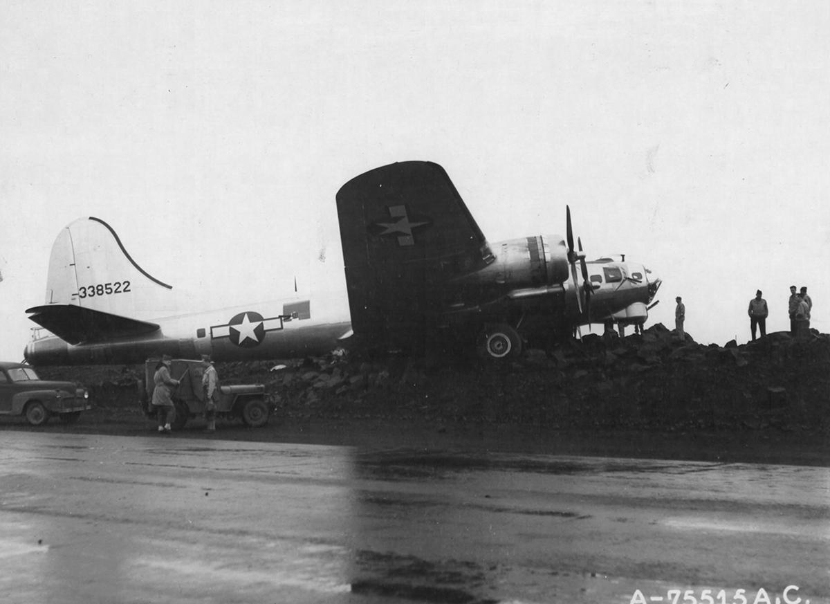 B-17 #43-38522