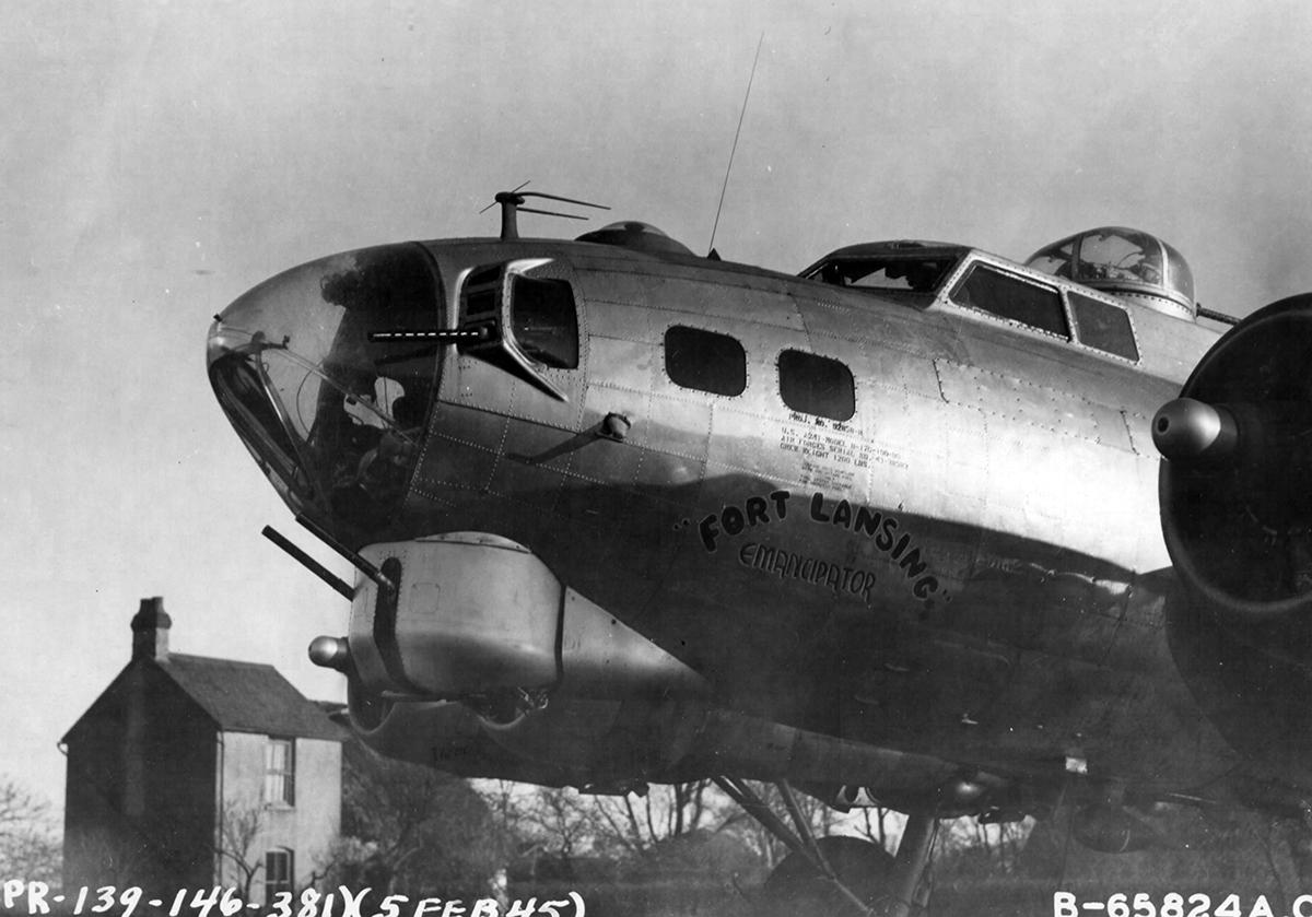 B-17 #43-38983 / Fort Lansing Emancipator